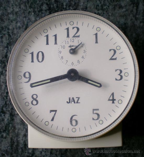 RELOJ DESPERTADOR VINTAGE A CUERDA JAZ, PLÁSTICO BLANCO (Relojes - Sobremesa Carga Manual)