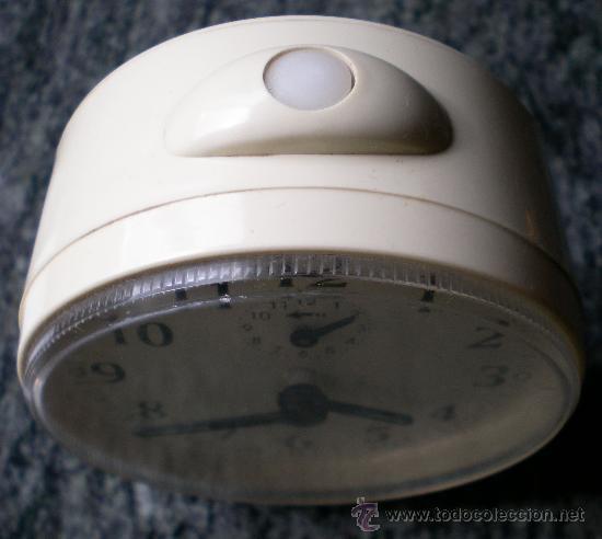 Relojes de carga manual: Reloj despertador vintage a cuerda Jaz, plástico blanco - Foto 2 - 31390098
