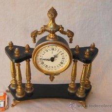 Relojes de carga manual: RELOJ SOBREMESA EN MARMOL Y CALAMINA. Lote 31674334