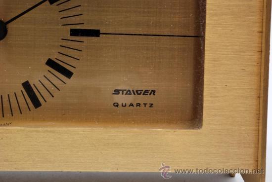 Relojes de carga manual: Reloj sobremesa en metal dorado Staiger Quarzt años 70 Funciona - Foto 2 - 33059821