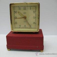 Relojes de carga manual: KIA - ANTIGUO RELOJ A CUERDA CON DESPERTADOR CON MÚSICA. Lote 33497866