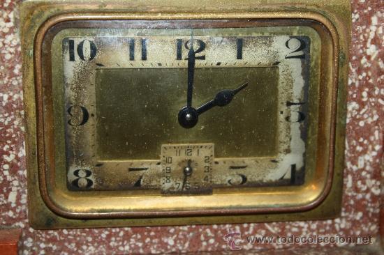 Relojes de carga manual: HERMOSO Y DECORATIVO RELOJ EN MÁRMOL ARTDECO DE LOS AÑOS 30 CON PELICANO DORADO - Foto 2 - 33763923