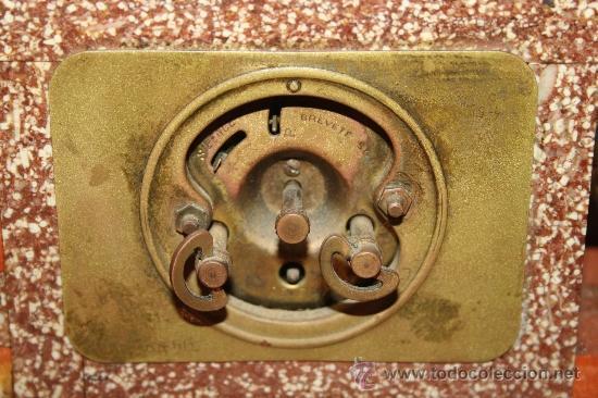 Relojes de carga manual: HERMOSO Y DECORATIVO RELOJ EN MÁRMOL ARTDECO DE LOS AÑOS 30 CON PELICANO DORADO - Foto 6 - 33763923