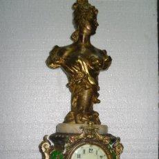 Relojes de carga manual: RELOJ DE CALAMINA CON FIGURA MODERNISTA - FIRMADA EN EL REVERSO.. Lote 34474678