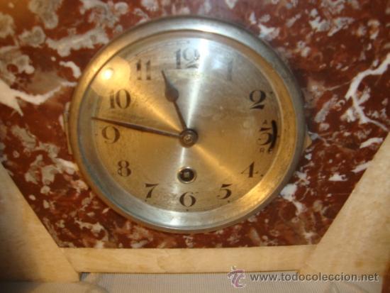 Relojes de carga manual: ANTIGUO RELOJ ESTILO ART-DECO VINTAGE ORIGINAL AÑOS 20/30, EN MARMOL DISTINTOS COLORES. FUNCIONA. - Foto 3 - 84744672