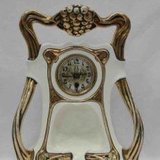 Relojes de carga manual: RELOJ SOBREMESA ART NOUVEAU CERAMICA -CERAMIC ART NOUVEAU DESK CLOCK . Lote 38509433