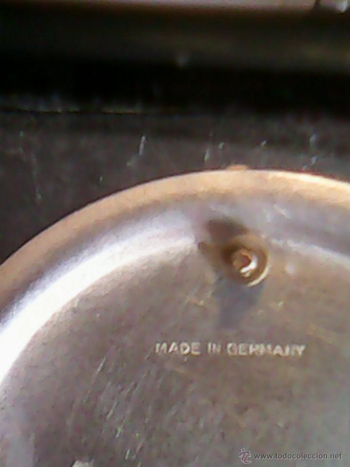 Relojes de carga manual: ANTIGUO RELOJ SOBRE MESA CARGA MANUAL.HECHO A MANO UNA CASITA DE MADERA, MAD.GERMANY.FUNCIONA PERFEC - Foto 7 - 40488474