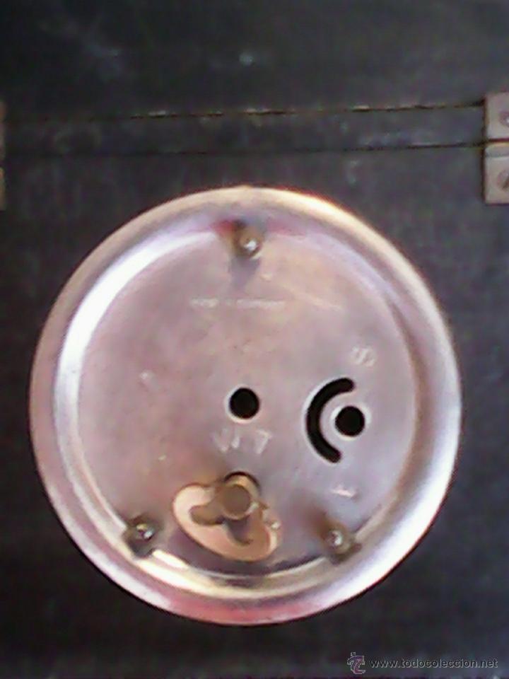 Relojes de carga manual: ANTIGUO RELOJ SOBRE MESA CARGA MANUAL.HECHO A MANO UNA CASITA DE MADERA, MAD.GERMANY.FUNCIONA PERFEC - Foto 8 - 40488474