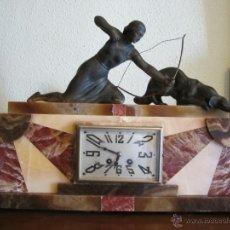 Relojes de carga manual: ELEGANTE RELOJ ART DECO DE MARMOL CON FIGURAS MUY BONITAS.. Lote 41630548