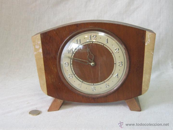 RELOJ DE SOBREMESA CON CUERDA (Relojes - Sobremesa Carga Manual)