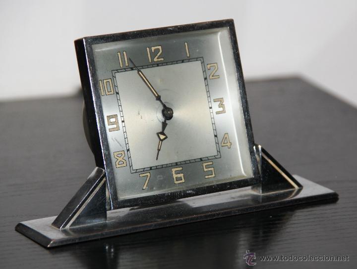 ANTIGUO RELOJ DE SOBREMESA ART DECO (Relojes - Sobremesa Carga Manual)