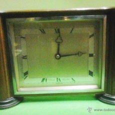 Relojes de carga manual: ANTIGUO RELOJ SOBREMESA - ART DECO - ELLIOTT LONDON - MADERA Y METAL - VER FOTOS ADICIONALES . Lote 43073249