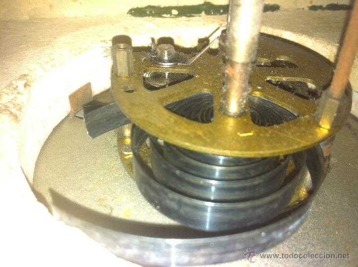 Relojes de carga manual: Precioso y elegante antiguo reloj de mesa estilo art deco años 30 / 40 de marmol - Foto 2 - 43234047
