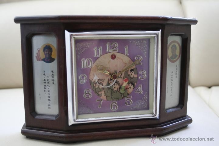 ANTIGUO RELOJ AUTÓMATA CHINO. (Relojes - Sobremesa Carga Manual)