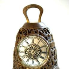 Relojes de carga manual: RELOJ DE SOBREMESA EN BRONCE CON FORMA DE CAMPANA - S. XIX. Lote 45405231
