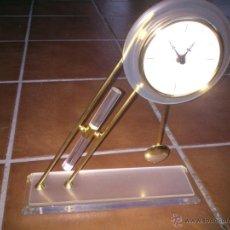 Relojes de carga manual: PRECIOSO RELOJ DE SOBREMESA EN DORADO. Lote 45517786