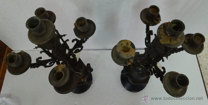 Relojes de carga manual: GUARNICIÓN DE RELOJ Y DOS CANDELABROS CUATRO LUCES SIGLO XIX, 6000-201 - Foto 7 - 43452509