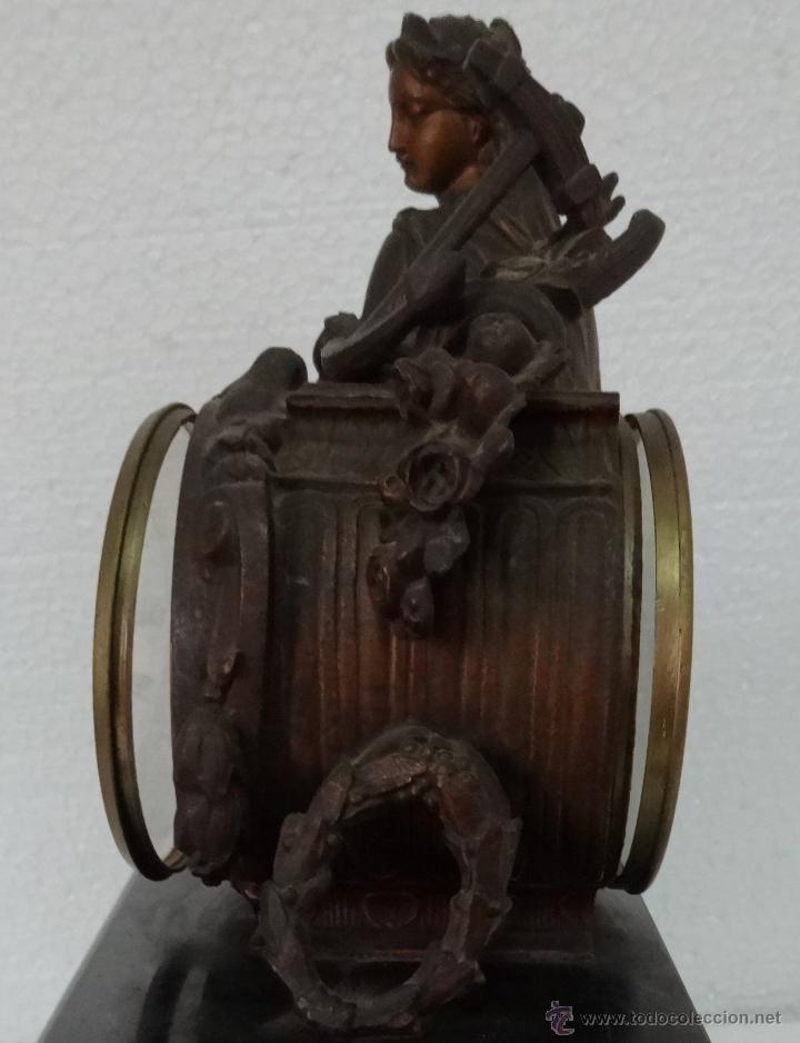 Relojes de carga manual: GUARNICIÓN DE RELOJ Y DOS CANDELABROS CUATRO LUCES SIGLO XIX, 6000-201 - Foto 16 - 43452509