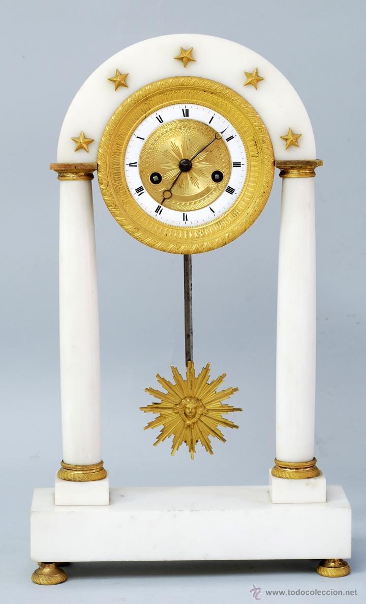 RELOJ LUIS XVI MÁRMOL BLANCO Y BRONCE DORADO FRANCIA S XVIII FUNCIONA (Relojes - Sobremesa Carga Manual)