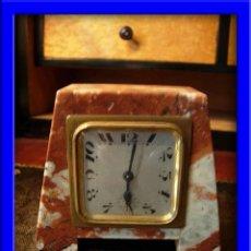 Relojes de carga manual: RELOJ PEQUEÑO DE MARMOL ROSA. Lote 27170621