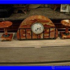 Relojes de carga manual: MAGNIFICO RELOJ DE MARMOL DE EPOCA ART DECO CON DOS COPAS. Lote 32119499