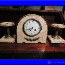 Relojes de carga manual: RELOJ ART DECO DE MARMOL CON DOS COPAS A JUEGO. Lote 37035691