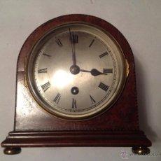 Relojes de carga manual: RELOJ INGLES DE MADERA DE RAÍZ Y ESFERA DE NÚMEROS ROMANOS, EDUARDIAN, PPIOS S XX. Lote 46158531
