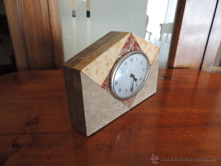 Relojes de carga manual: PEQUEÑO RELOJ DE MARMOL ART DECO - Foto 2 - 46620115