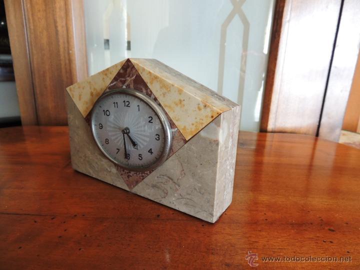 Relojes de carga manual: PEQUEÑO RELOJ DE MARMOL ART DECO - Foto 3 - 46620115