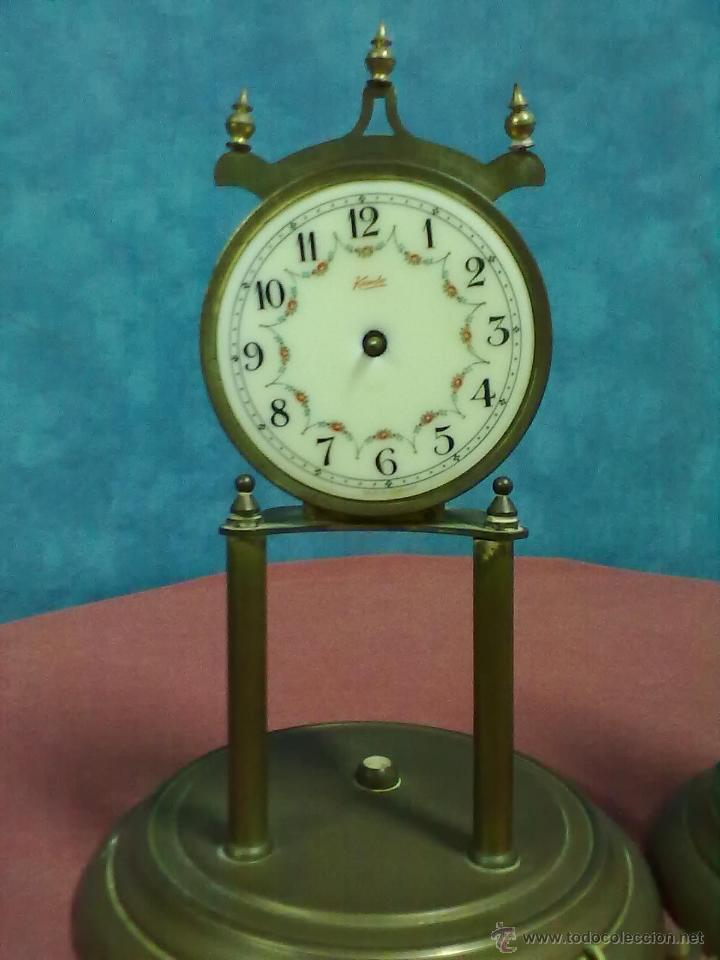 Relojes de carga manual: DOS RELOJES COLUMNAS KUNDO 400 DIAS PARA PIEZAS O RESTAURAR - Foto 2 - 47913796
