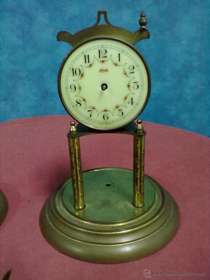 Relojes de carga manual: DOS RELOJES COLUMNAS KUNDO 400 DIAS PARA PIEZAS O RESTAURAR - Foto 6 - 47913796