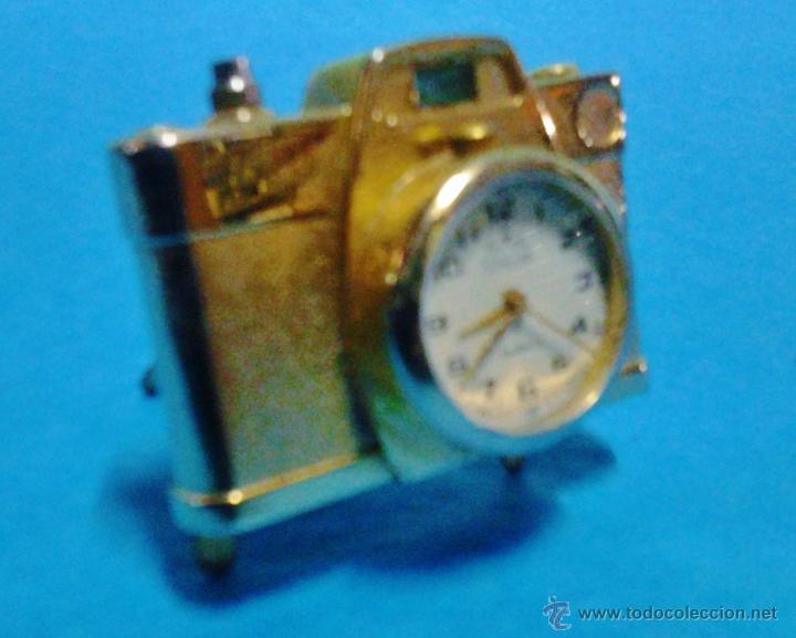 Relojes de carga manual: pieza de coleccionista - reloj sunstar en mini camara fotografica - metal dorado - funciona - foto - Foto 2 - 47965147