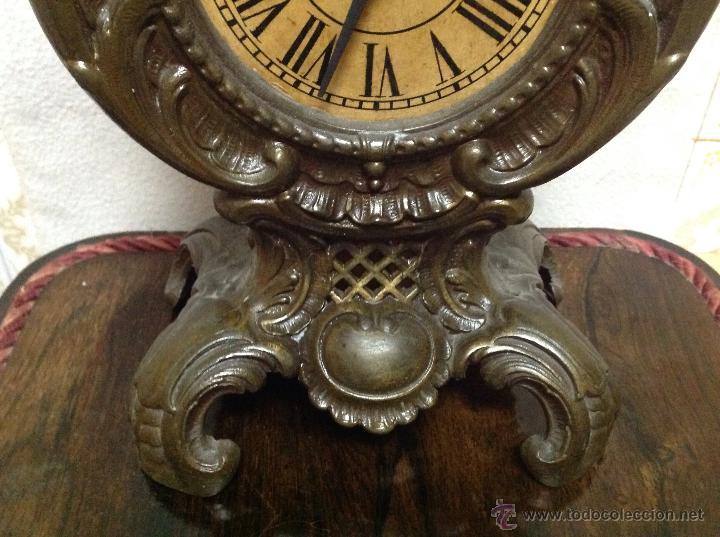 Relojes de carga manual: ANTIGÜO RELOJ DE SOBREMESA EN BRONCE - Foto 3 - 48377430