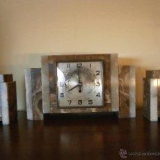 Relojes de carga manual: ANTIGUO RELOJ ART DÉCO. CON GUARNICIÓN.. Lote 85270376