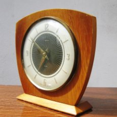 Relojes de carga manual: PRECIOSO RELOJ ART DECO SMITMS 8 DAYS MAE IN GREAT BRITAIN MADERA CRISTAL Y LATON. Lote 49042079