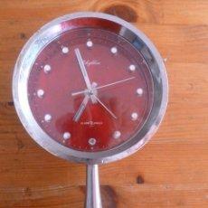 Relojes de carga manual: RELOJ SOBREMESA RHYTHM 2 JEWELS. CUERA. FUNCIONA CORRECTAMENTE.. Lote 50798545