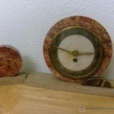 Relojes de carga manual: RELOJ EN MARMOL DE CHIMENEA PROCEDENTE DE BELGICA. Lote 50808318