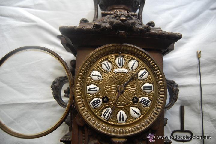 Relojes de carga manual: ANTIGUO RELOJ DE BRONCE CON CANDELABROS - Foto 4 - 51187239