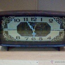 Relojes de carga manual: ANTIGUO RELOJ RHYTHM-JAPONES-DE BAQUELITA. Lote 51549528