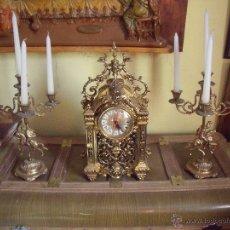 Relojes de carga manual: CENTRO DE MESA.-RELOJ.-CANDELABROS.-BRONCE.-DECORACION.-EXTRAORDINARIO CONJUNTO EN BRONCE.-. Lote 52613188