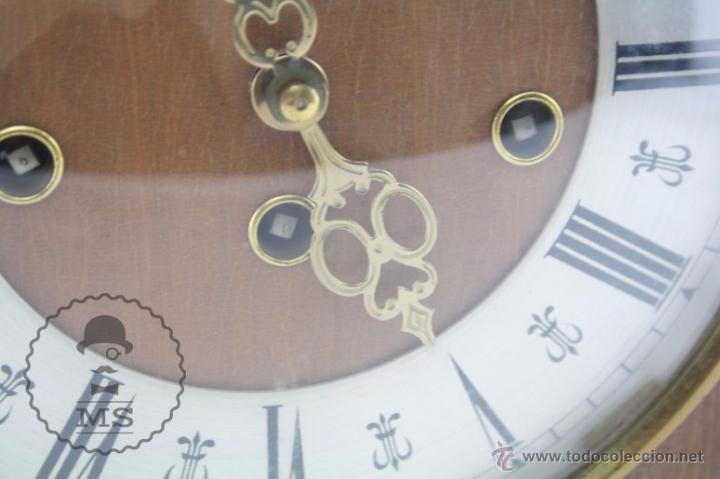 Relojes de carga manual: Antiguo Reloj de Sobremesa Franz Hermle & Sohn / FHS con Caja de Madera - Funcionando / Restauración - Foto 3 - 52726194