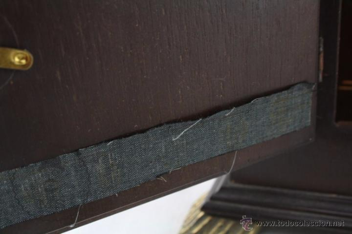 Relojes de carga manual: Antiguo Reloj de Sobremesa Franz Hermle & Sohn / FHS con Caja de Madera - Funcionando / Restauración - Foto 11 - 52726194