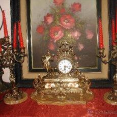 Relojes de carga manual: RELOJ Y CANDELABROS EN BRONCE DORADO INCRUSTACIONES EN PORCELANA BASE DE MARMOL MADE IN GERMANY.. Lote 53358265