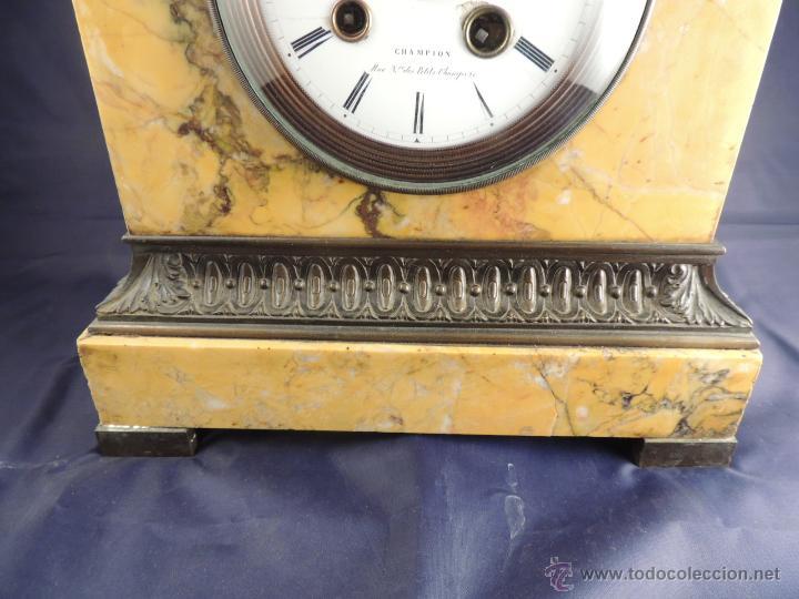 Relojes de carga manual: PRECIOSO RELOJ DE MARMOL SIENA CON BRONCE DE CABALLO EPOCA IMPERIO - Foto 4 - 54066246