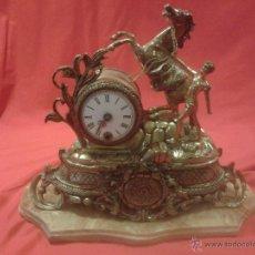 Relojes de carga manual: RELOJ ALEMÁN DE BRONCE CON PEANA DE MÁRMOL Y CARGA MANUAL. Lote 54325619