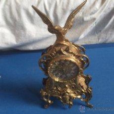 Relojes de carga manual: RELOJ DE BRONCE BONITOS GRABADOS,MAQUINARIA A PILA. Lote 54393298