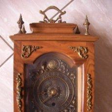 Orologi di carica manuale: ANTIGUO Y ESPECTACULAR RELOJ A CUERDA DE SOBREMESA CAJA MADERA NOBLE Y BRONCES. Lote 54860299