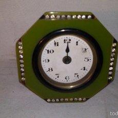 Relojes de carga manual: L150 ANTIGUO Y ELEGANTE RELOJ SOBREMESA EPOCA ART-DECO, A CUERDA, FUNCIONA 5X8X8. Lote 55384166