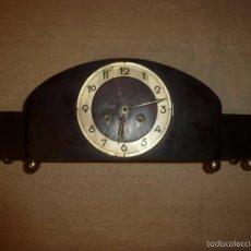 Relojes de carga manual: RELOJ DE SOBREMESA DE MADERA. Lote 56761072