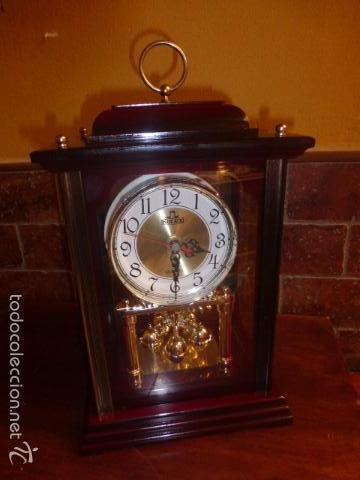 RELOJ DE SOBREMESA CON SONERIA FUNCIONANDO (Relojes - Sobremesa Carga Manual)